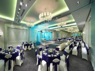 Radisson Blu Hotel New Delhi Paschim Vihar New Delhi and NCR - Ballroom