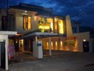 Farila Guest House