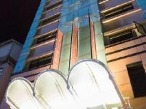 Royal Group Hotel Wu Fu Branch: exterior