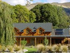 Wanaka Homestead Lodge and Cottages | New Zealand Budget Hotels
