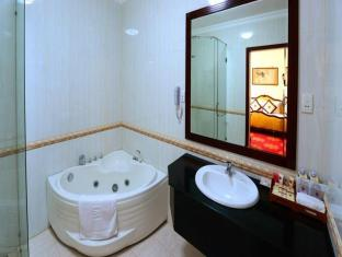 Tan Son Nhat Hotel Ho Chi Minh City - Bathroom