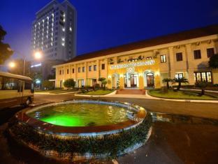 譚宋拿酒店