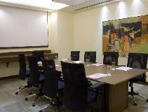 Four Points by Sheraton Navi Mumbai: meeting room