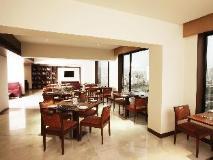 Four Points by Sheraton Navi Mumbai: restaurant