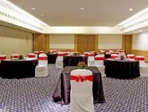 Four Points by Sheraton Navi Mumbai: ballroom
