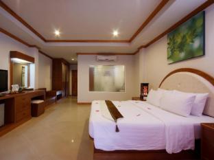 Blue Beach Club & Resort Phuket - Guest Room