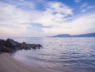 Blue Beach Club & Resort Phuket - Deluxe With Breakfast