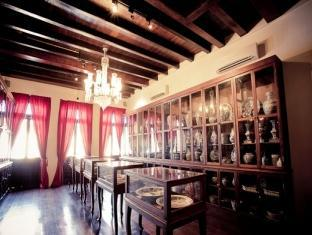1881 Chong Tian Hotel Penang - Antique Museum