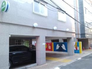 Hongdae Family Housetel 2 Seoul - Exterior