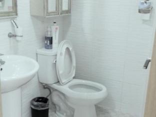 Hongdae Family Housetel 2 Seoul - Bathroom