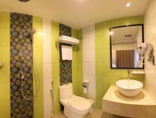 Hotel Richbaliz Kuala Lumpur - Bathroom - Superior Room