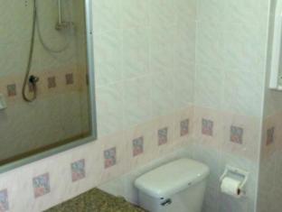 Super Green Hotel Phuket - Bathroom