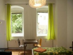 Excellent Apartment Berlín - Habitació