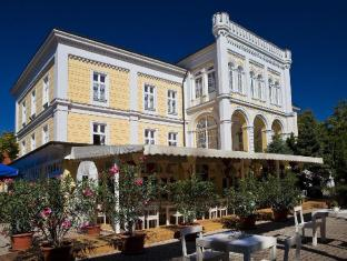 /es-es/astoria-hotel-and-restaurant/hotel/balatonfured-hu.html?asq=vrkGgIUsL%2bbahMd1T3QaFc8vtOD6pz9C2Mlrix6aGww%3d
