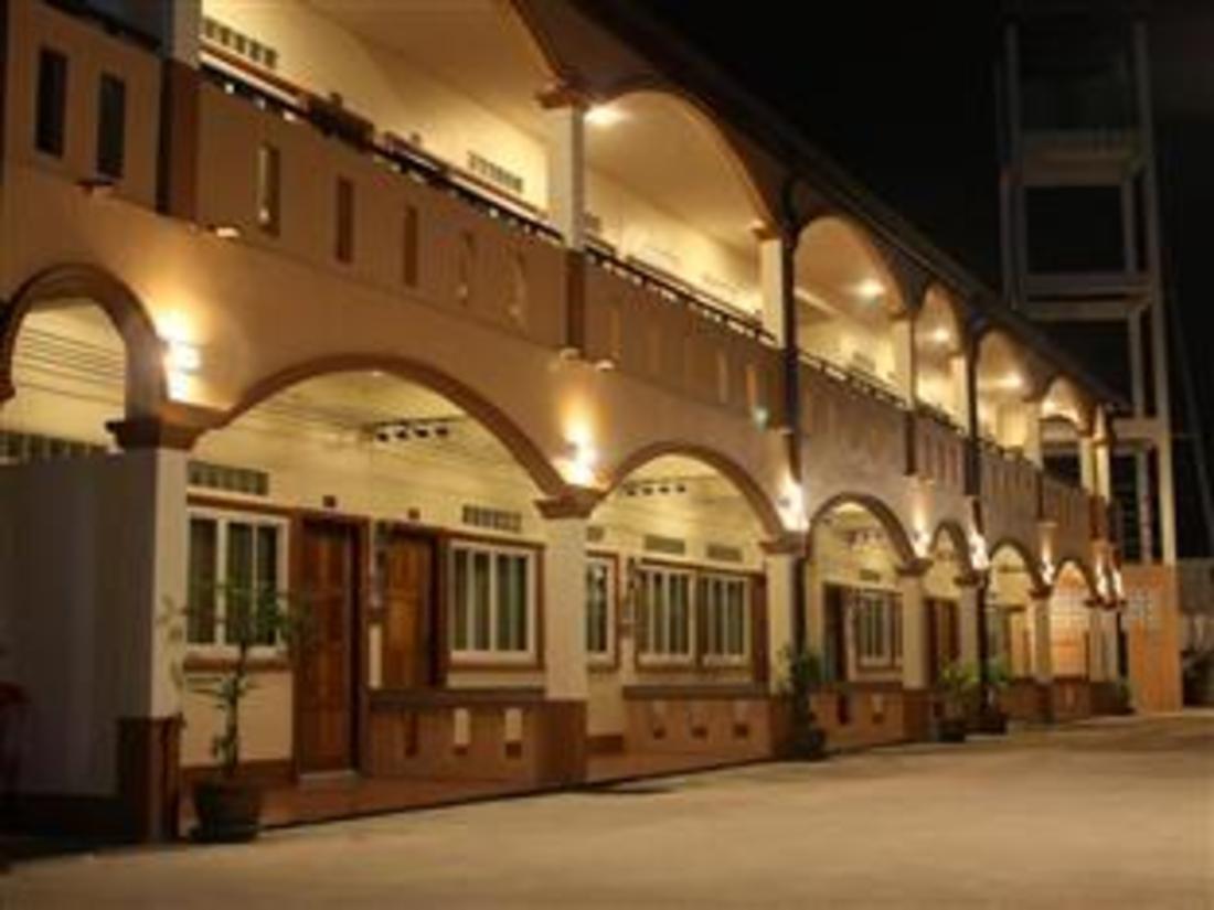 Utsiden av hotellet