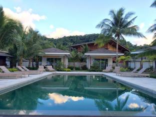 Cadlao Resort and Restaurant Palawan - New Extension - Swimming Pool