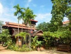 Garden Village Guesthouse - Cheap Hotels in Cambodia