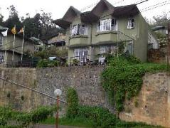 Misty View Cottage Home Stay Experience | Sri Lanka Budget Hotels