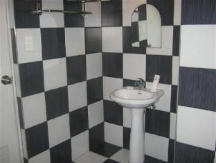 Hotel Sogo Quirino Motor Drive Inn مانيلا - حمام