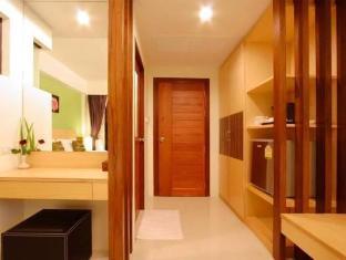 Kalim Beach Place Phuket - Interior Hotel