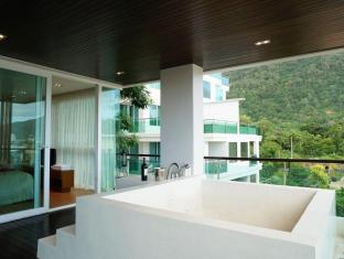Kalim Beach Place Phuket - 2 Bedroom suites with private plug pool
