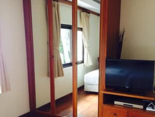 Kalim Beach Place Phuket - Chambre