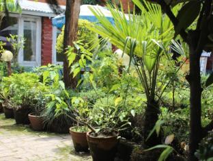 Red Planet Guest House Kathmandu - Garden