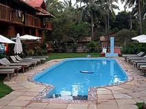Sea Breeze Inn: swimming pool