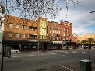 /the-clarendon-hotel/hotel/newcastle-au.html?asq=jGXBHFvRg5Z51Emf%2fbXG4w%3d%3d