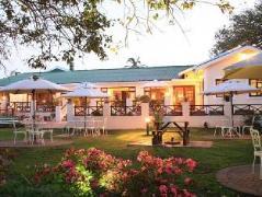 Eight Bells Mountain Inn | Cheap Hotels in Mossel Bay South Africa