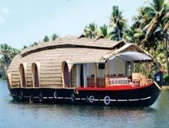 House Boat-Skylark | India Budget Hotels