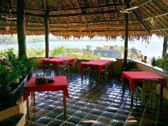 Philippines Hotels | Casa Rosa Taytay