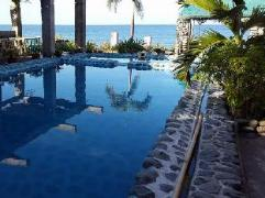 Philippines Hotels | White Castle Beach Resort