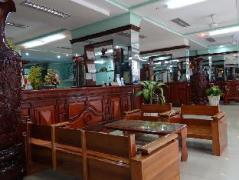 Thanh Thuy 2 Hotel | Cheap Hotels in Vietnam