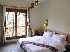 Yangshuo Phoenix Pagoda Fonglou Retreat | Hotel in Yangshuo