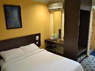 Soba s francosko posteljo