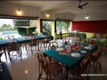 Wild Elephant Eco-Friendly Resort: restaurant