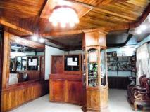 White Orchid Guest House: reception