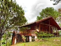 Phouchan Resort:
