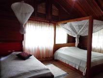 Phouchan Resort: guest room
