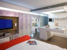 V Wanchai Hotel: guest room