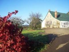 Craigie Knowe Cottage and Vineyard