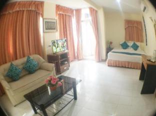 DDC House Phuket - Hotellin sisätilat