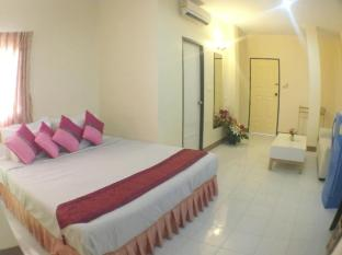 DDC House Phuket - Guest Room