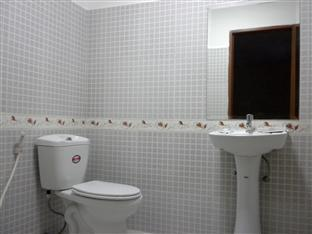 Nalita Guesthouse Phnom Penh - Bathroom