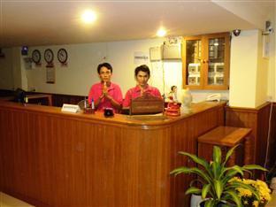 Nalita Guesthouse Phnom Penh - Reception Area