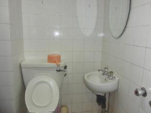 GW Furama Hotel Kuching - Bathroom