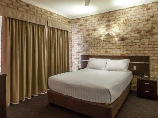 Highlander Motor Inn and Apartments Toowoomba - 3 Bedroom Apartment