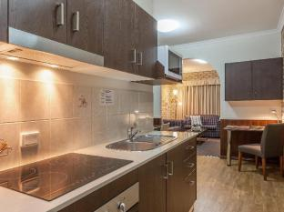 Highlander Motor Inn and Apartments Toowoomba - Self-Contained Apartments