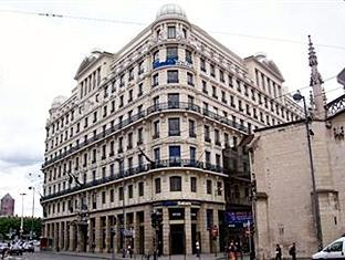 /sv-se/arts-hotels-apartments/hotel/lyon-fr.html?asq=vrkGgIUsL%2bbahMd1T3QaFc8vtOD6pz9C2Mlrix6aGww%3d
